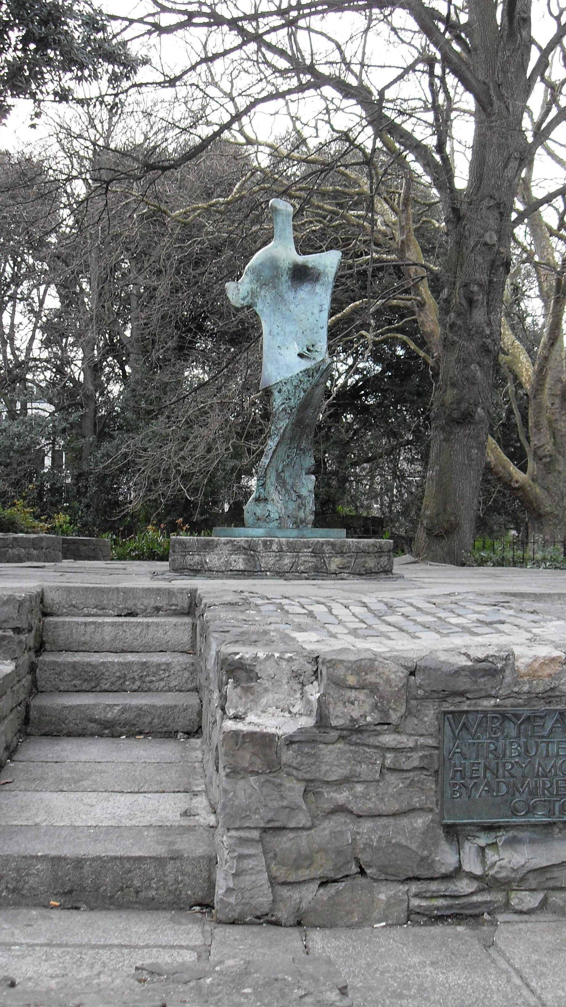 Tribute to W.B. Yeats by Henry Moore, Stephen's Green