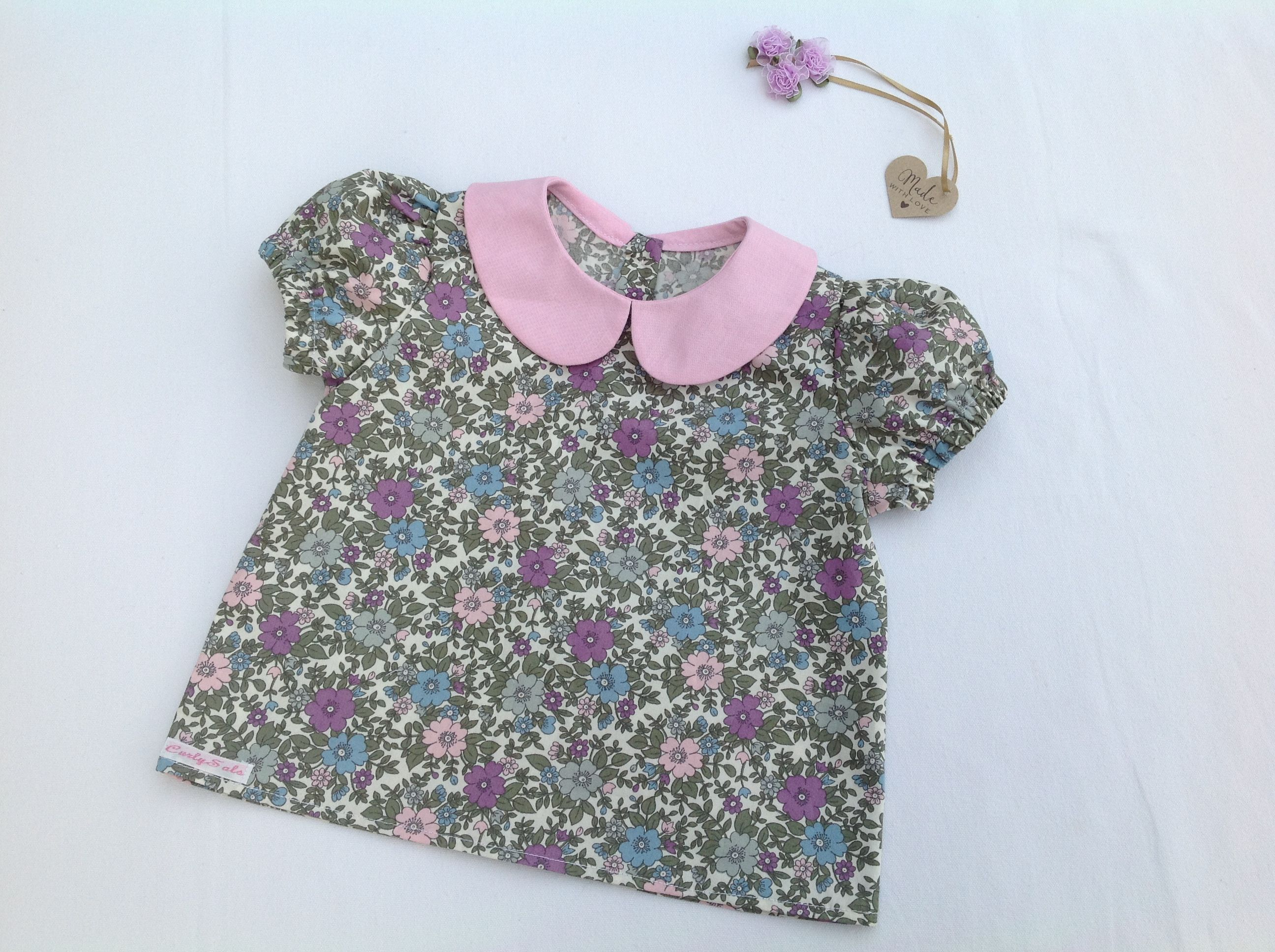 Girls floral blouse with Peter Pan collar and puff sleeves