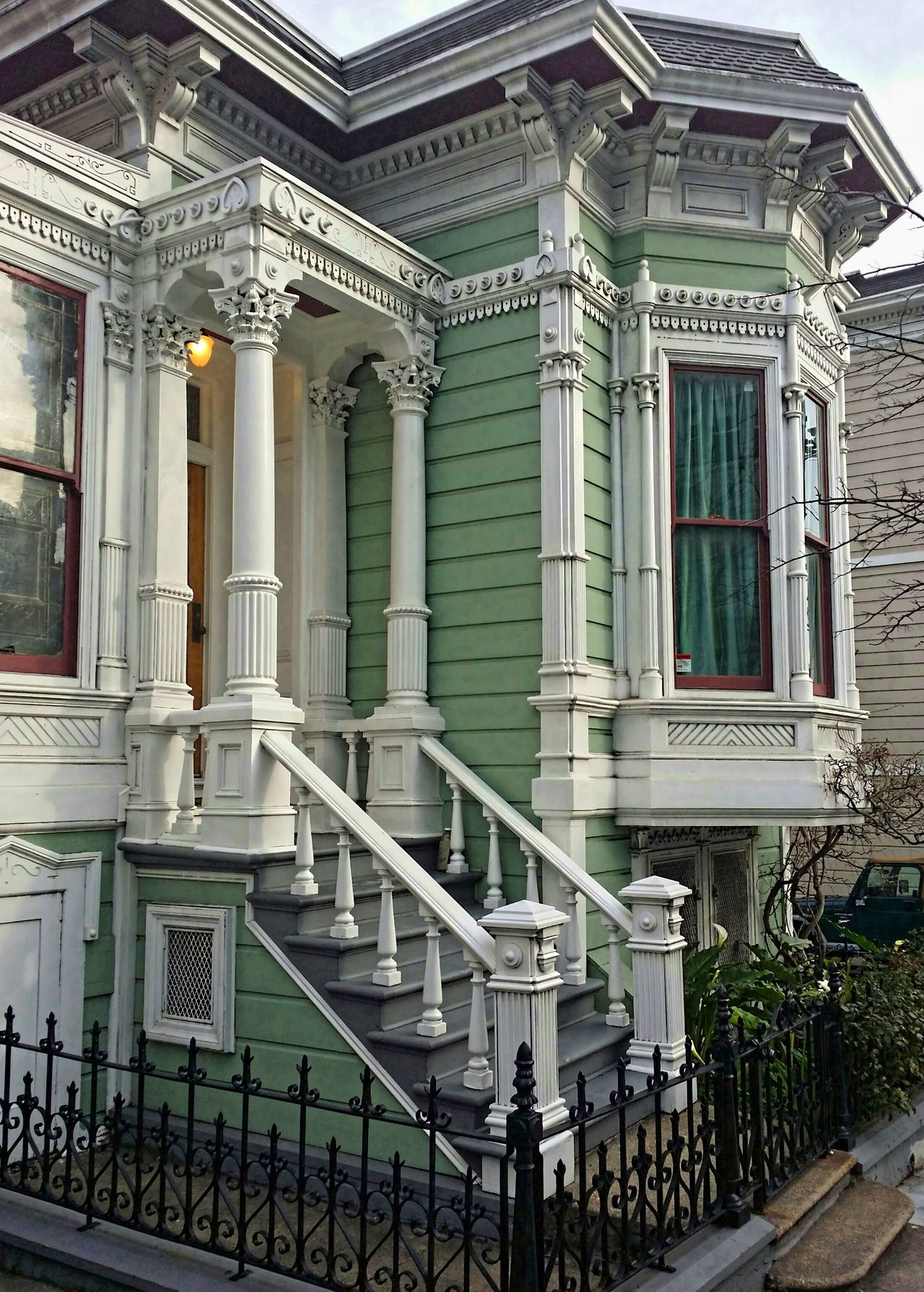 Citylandscapes Yesterday And Today Sf In 2020 Old Victorian Homes Old House Design Victorian Homes