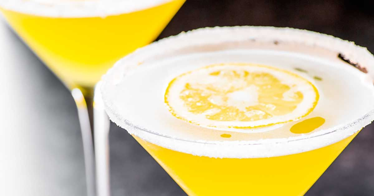 how to make lemon drop shots with sweet and sour mix