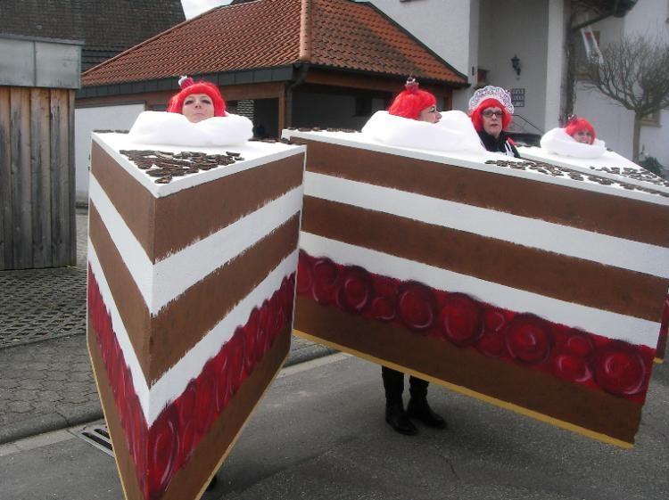 effektvolles gruppen kost m torte fasching karneval fasnacht m karneval fasching. Black Bedroom Furniture Sets. Home Design Ideas