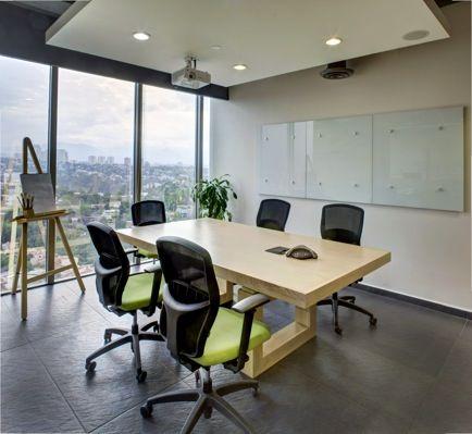 Sala de juntas h bitat uhmano pinterest salas de for Iluminacion oficinas modernas