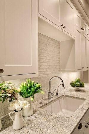 Lovely Creamy White Kitchen Design With Shaker Kitchen Cabinets