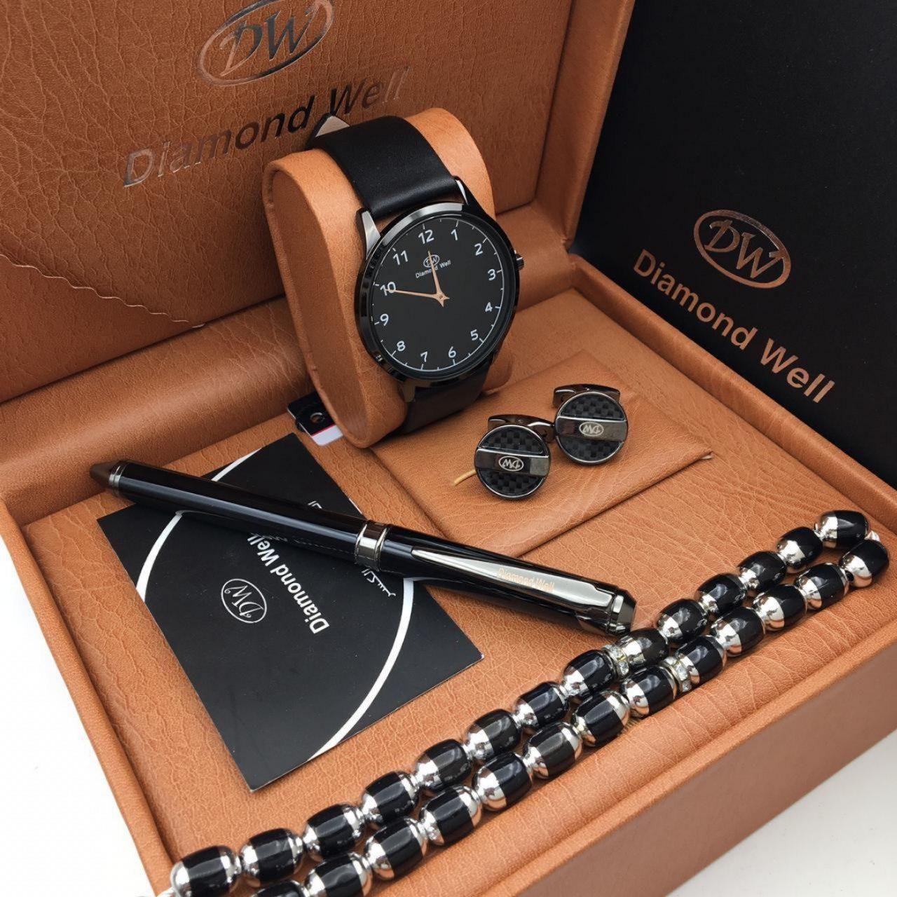 ساعات دايمندويل رجاليه جلد مع قلم و كبك دايمندويل وسبحه وكرت ضمان لسنه هدايا هنوف Watches Accessories