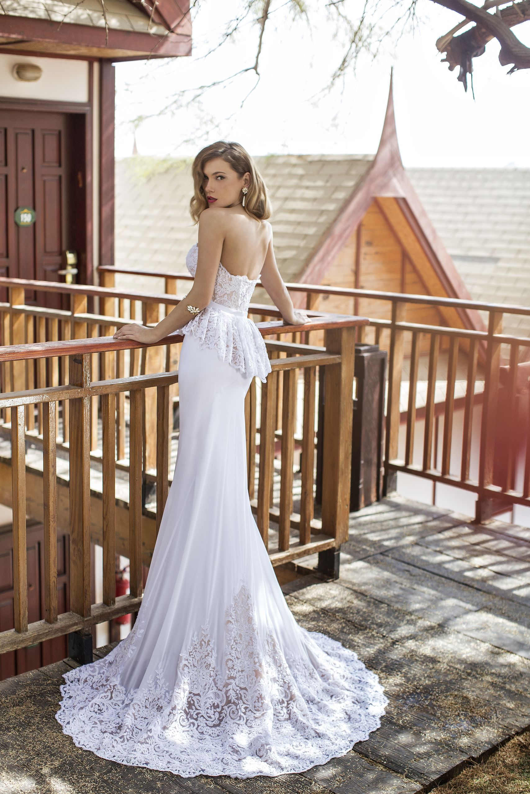 Wedding dress without train  Looking for a beautiful unique take on a lace train look no