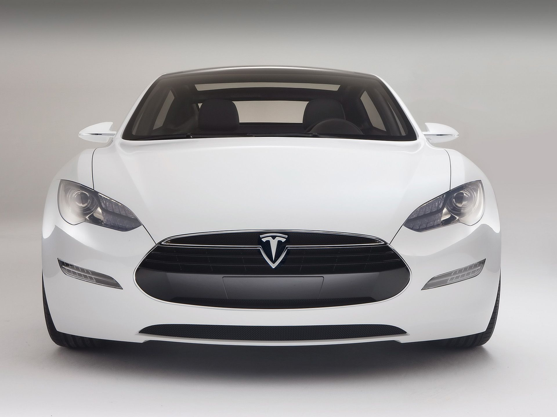 Photo tesla motors pent up demand for electric cars even in this economy in about a week tesla motors has taken 520 reservations for the model s