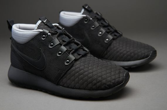 Nike Roshe Run Mid Winter SneakerBoot - Mens Select Footwear - Black-Silver