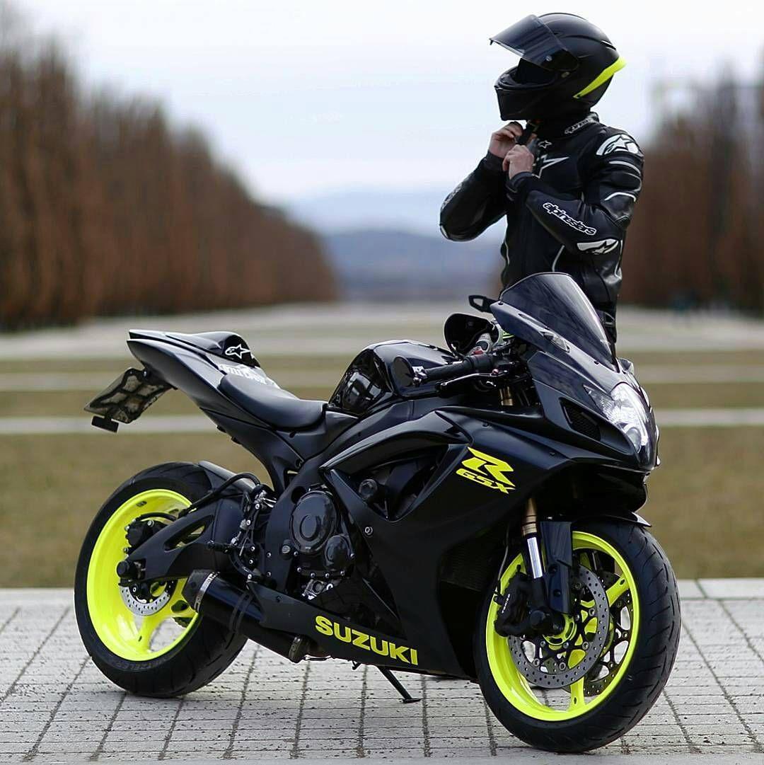 Yamahayzfr1 Motorcycle Yamaha Motor Company Ktm Supersport