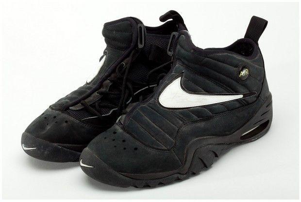 promo code 1c88e 07485 Nike Air Shake Ndestrukt