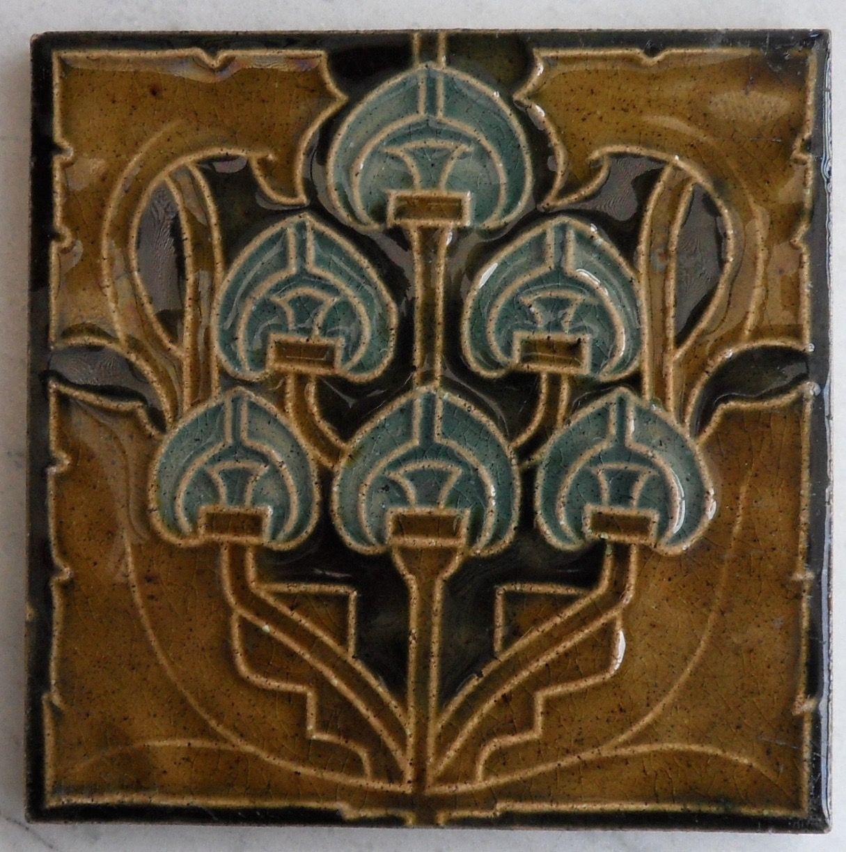 Arts and crafts tiles - Super And Quite Rare Arts Crafts Art Nouveau Design Tile Ref 1803 C1904