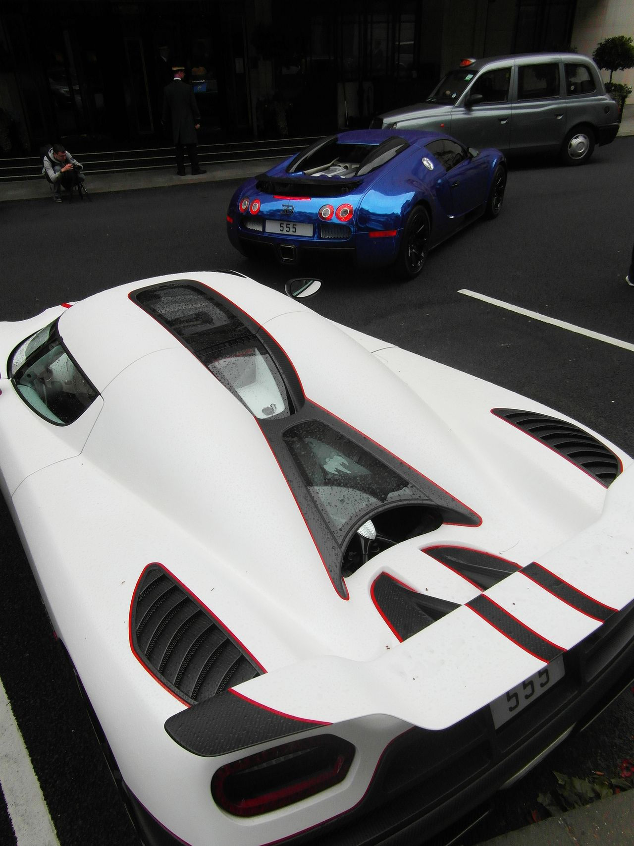 That Car Is Hawt Koenigsegg Super Cars Sport Cars