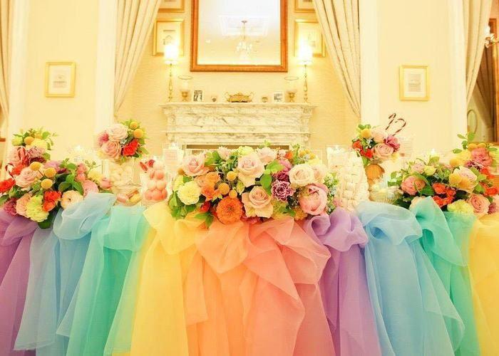 色とりどりのチュールで作るレインボー高砂特集 ウェディング 会場装花 パステル ブライダル テーブルコーディネート
