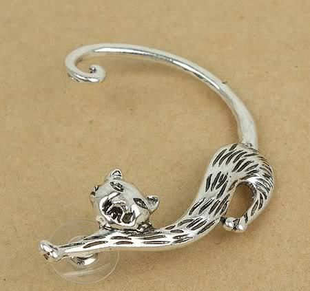Adorable Cat Ear Cuff. Starting at $8 on Tophatter.com!