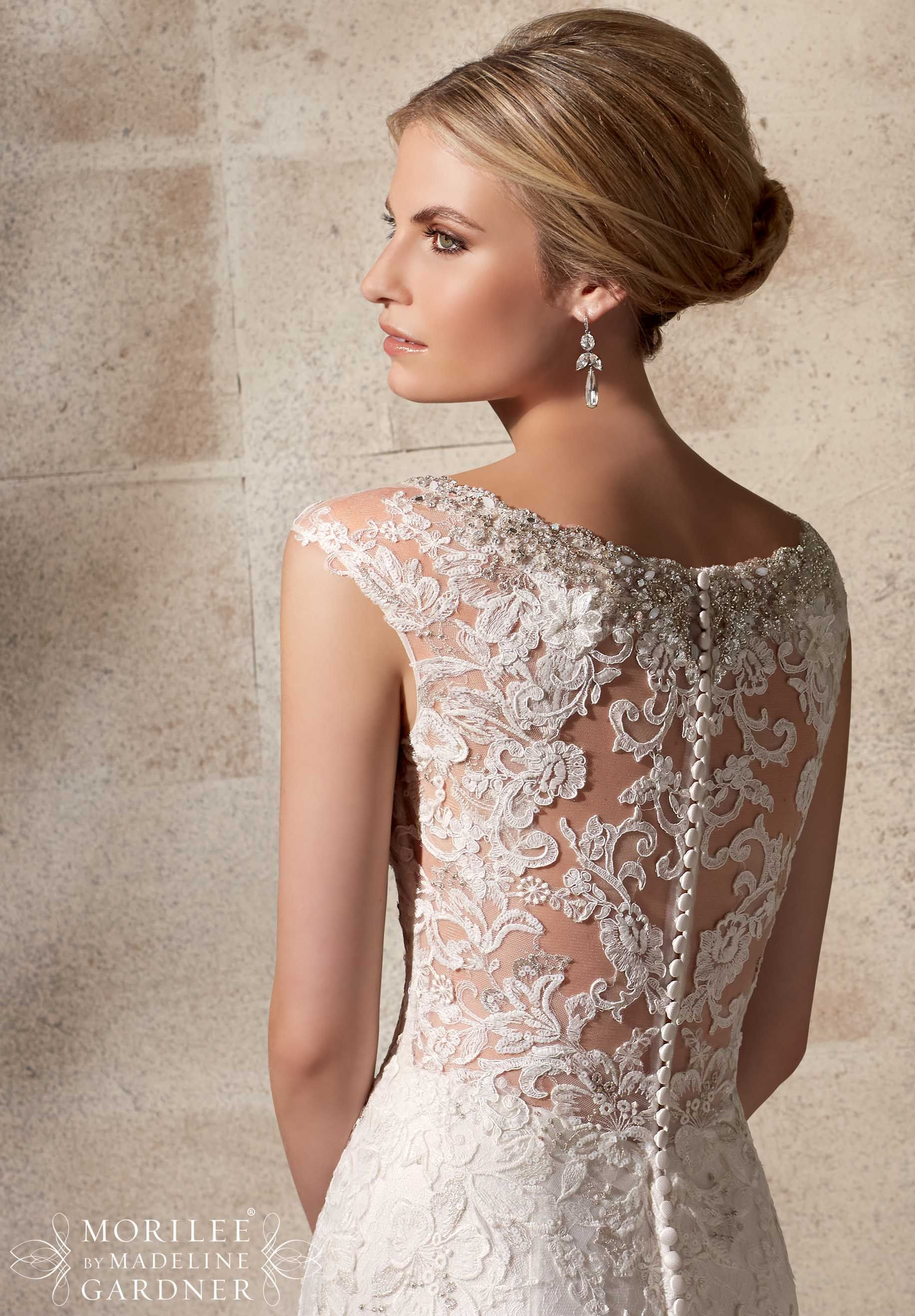 2702 Bridal Gowns Dresses Embroidered Appliques On Net Over Chantilly Lace With Crystal Beading