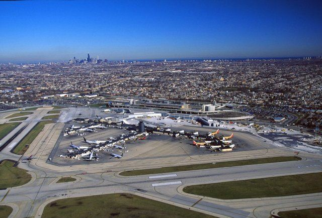 Chicago Midway Airport expansion work