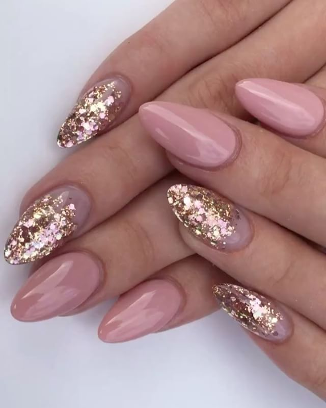 Rose and gold nail art inspiration - LadyStyle (Prom Hair) - Lovely Shade Of Pink Nails Pinterest Glittery Nails, 30th And