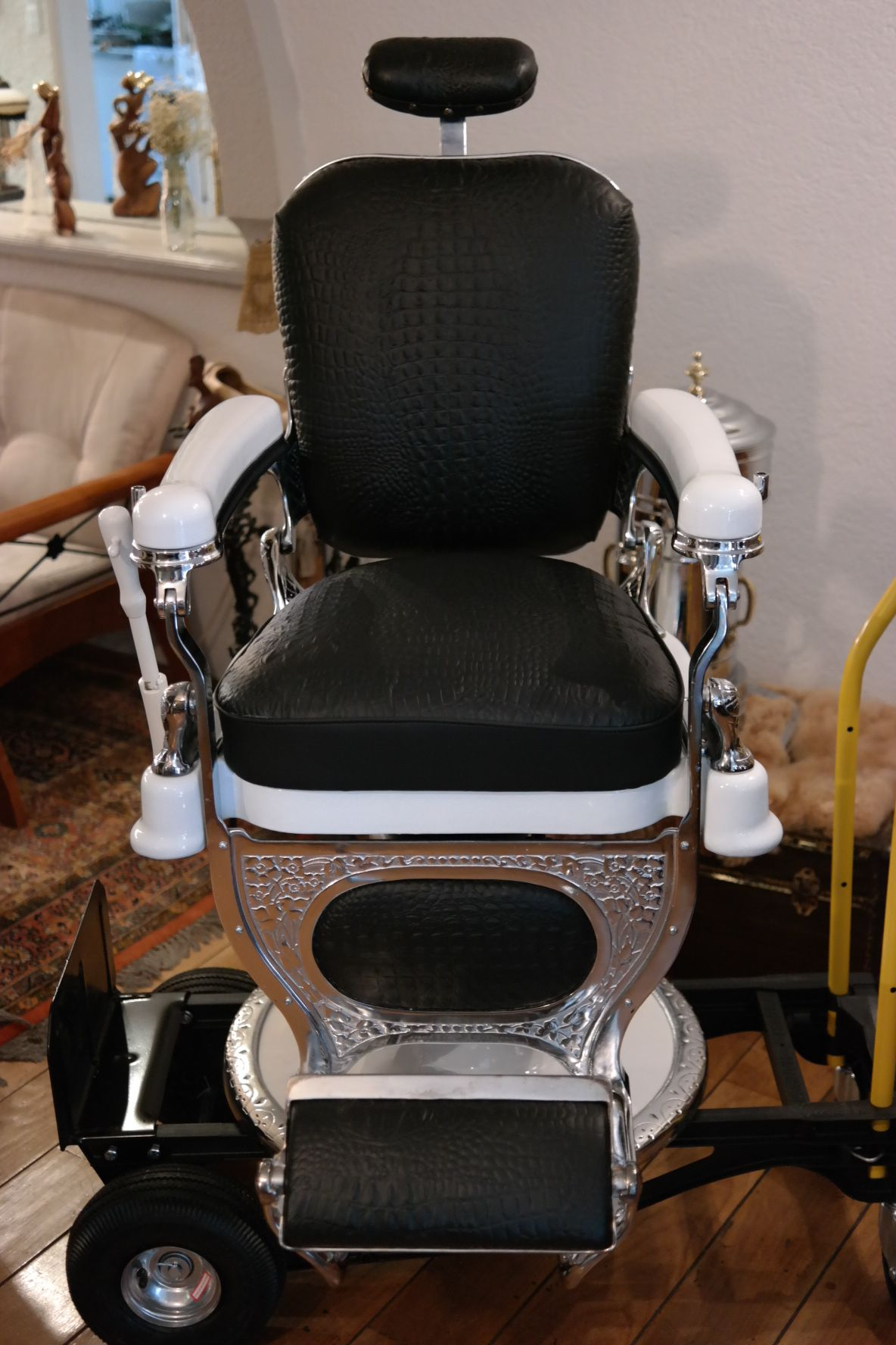 Behind the chair ecards - Explore Barber Chair Colombia And More