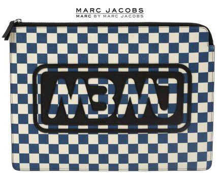 Marc by Marc Jacobs モバイルケース・アクセサリー マークバイマークジェイコブス★PCケース13インチチェックロゴ