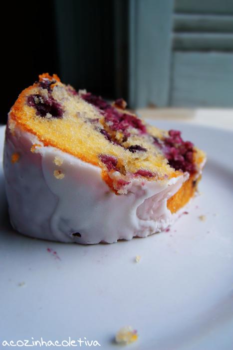 limão com  mirtilos | A Cozinha Coletiva: Bundt Cake de Limão e Mirtilos