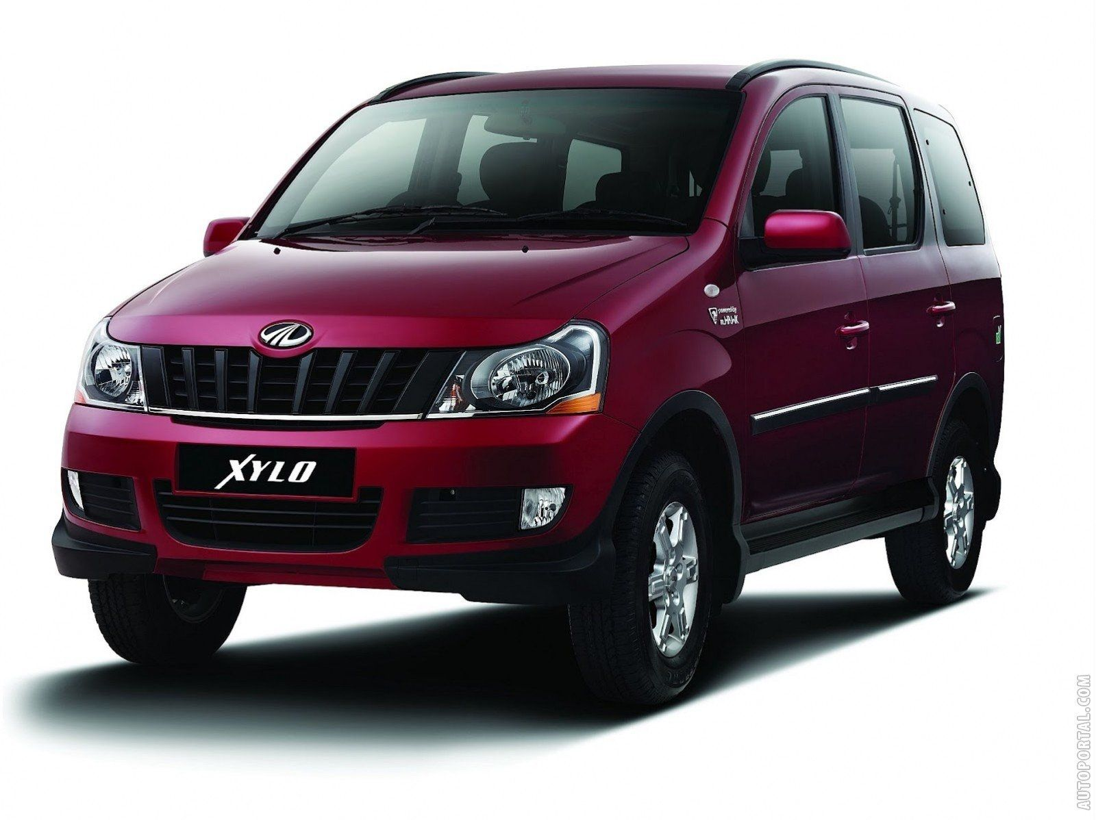 Mahindra Xylo With Images Car Rental Car Vehicles