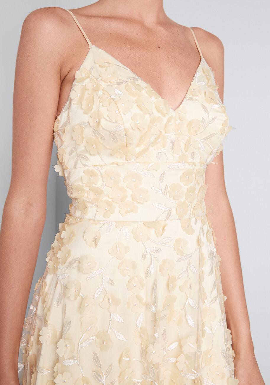 A Floral Engagement Maxi Dress Modcloth Wedding Dress Dresses Vintage Style Wedding Dresses [ 1304 x 913 Pixel ]