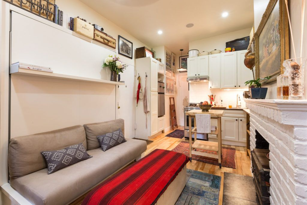 Couple Turns A 22 Sqm New York Apartment Into A Cozy Home With