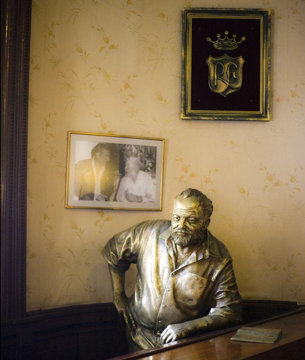 Ernest Hemingway se ha quedado, para siempre, en el bar La Floridita de La Habana