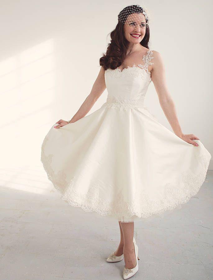 original_betty-1950-s-inspired-short-wedding-dress.jpg (685×900 ...