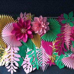 Feuilles et fleurs hawaïennes de papier de partie backdrop