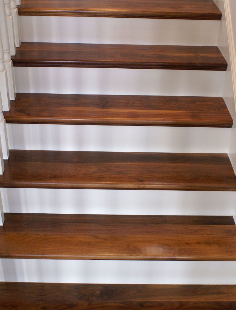 Exceptionnel Rustic Walnut Stair Treads