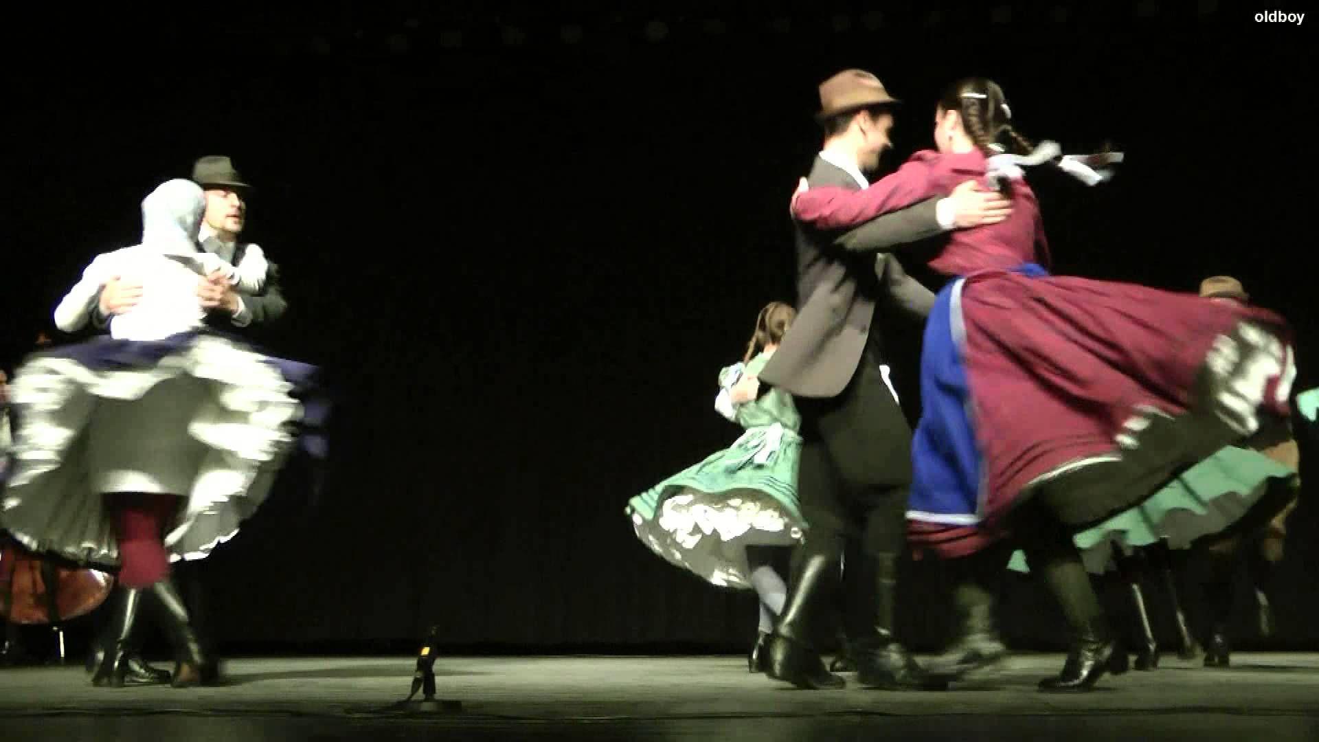 Homokbödöge Táncegyüttes - Bökönyi táncok