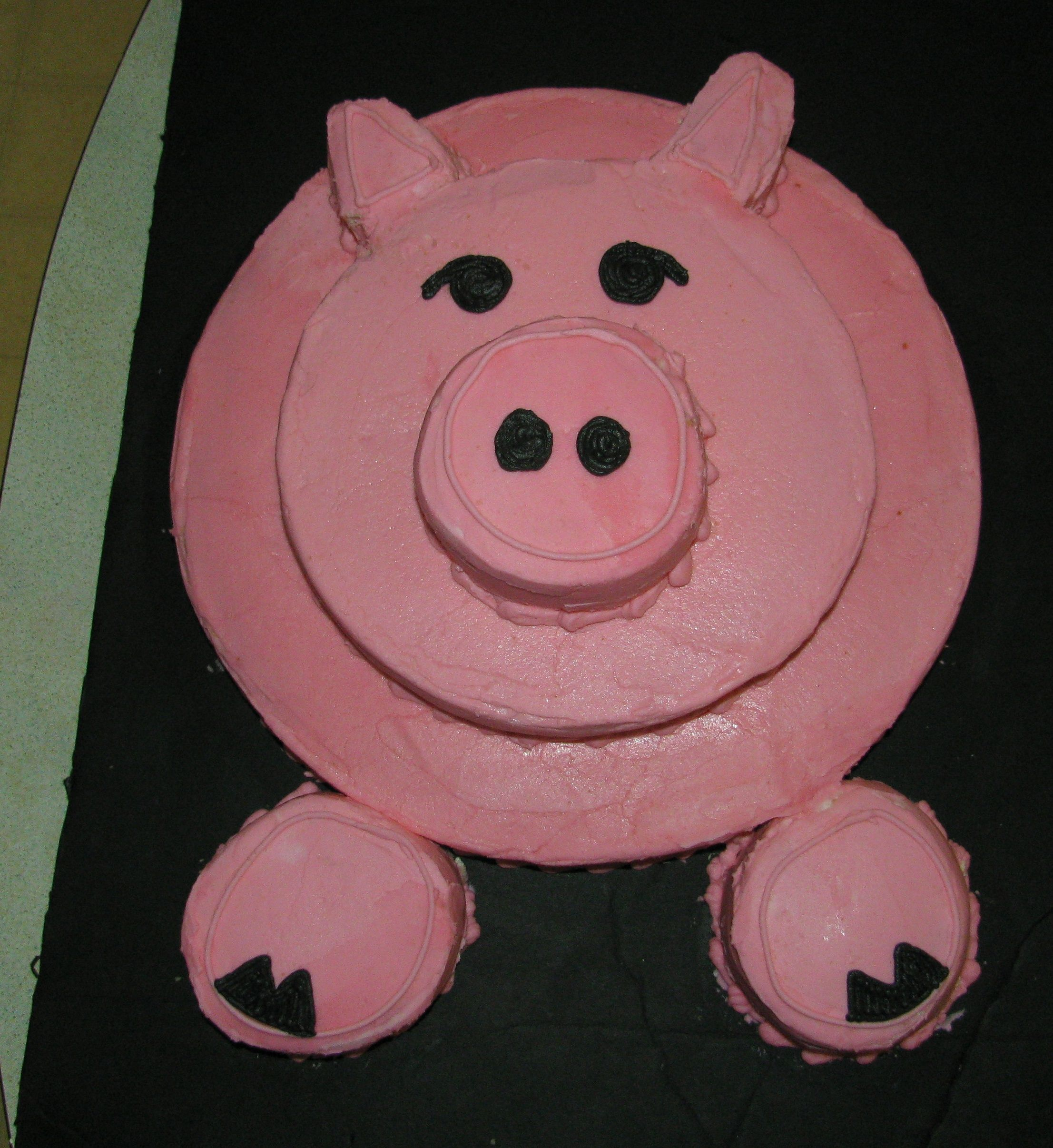 My First Pig Cake It Was Fun All Bc Yellow Butter