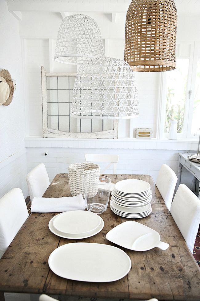 Pon una vajilla blanca en tu vida y haz una mesa así de bonita ...