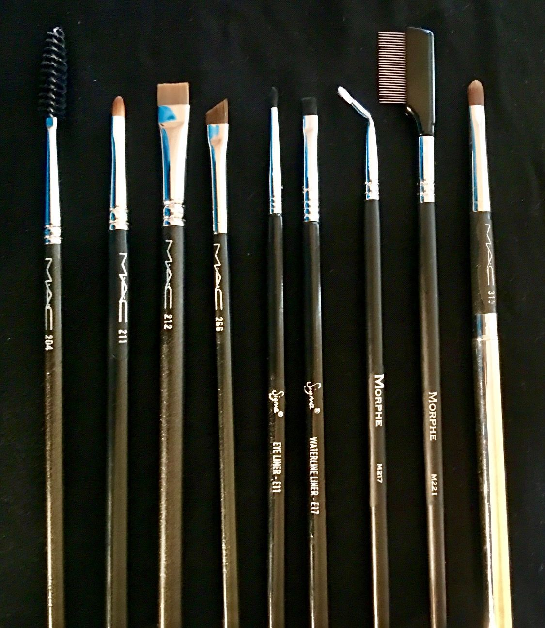 mac lip brush. eyebrows/eyeliners/lip brushes (9) mac 204 lashes, 211 pointed mac lip brush
