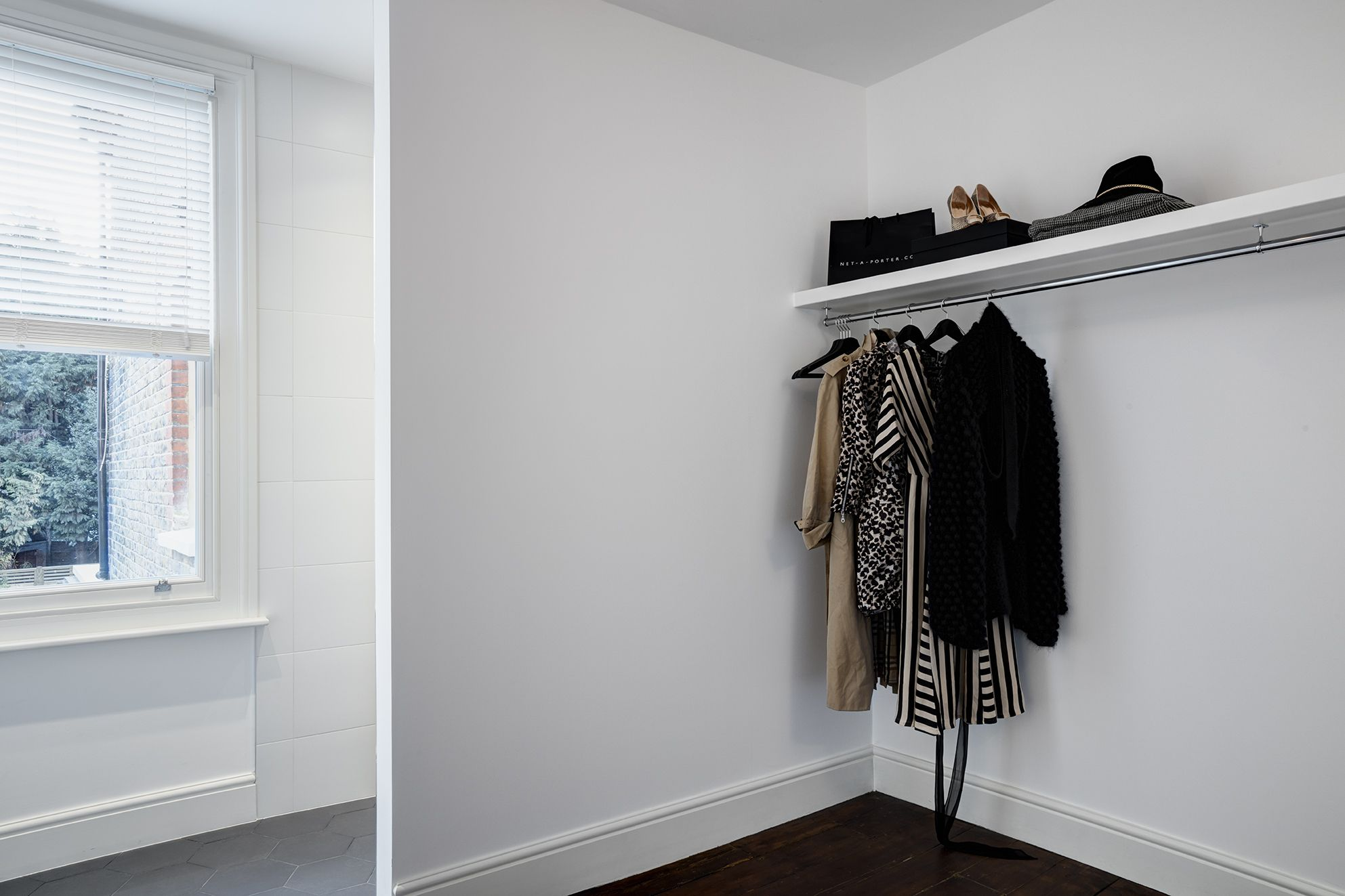 Stripped Back Surfaces Appear Throughout Hackney Apartment Minimal Modern Interior Interior Modern Interior