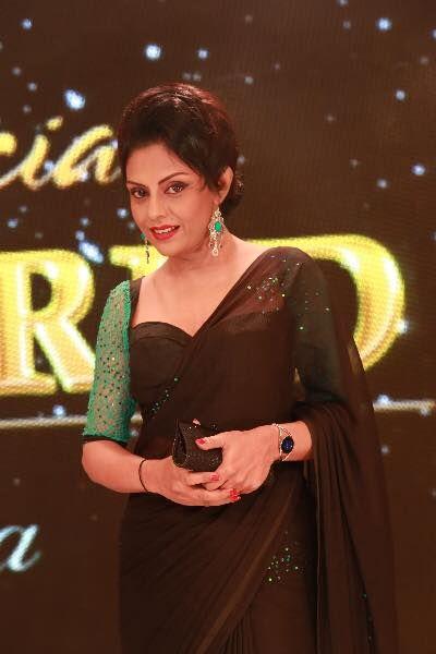 sri lankan actress yashoda wimaladharma saree b��s