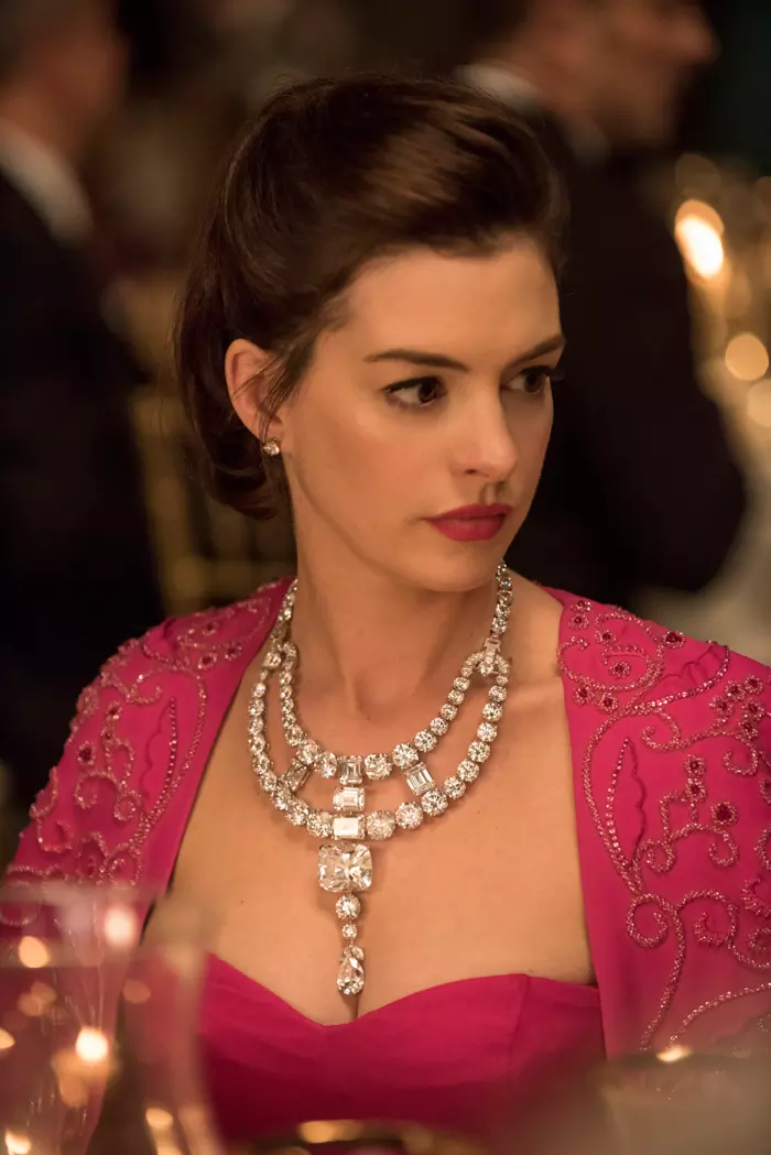 Which BADASS Ocean's 8 Character Are You? Anne hathaway