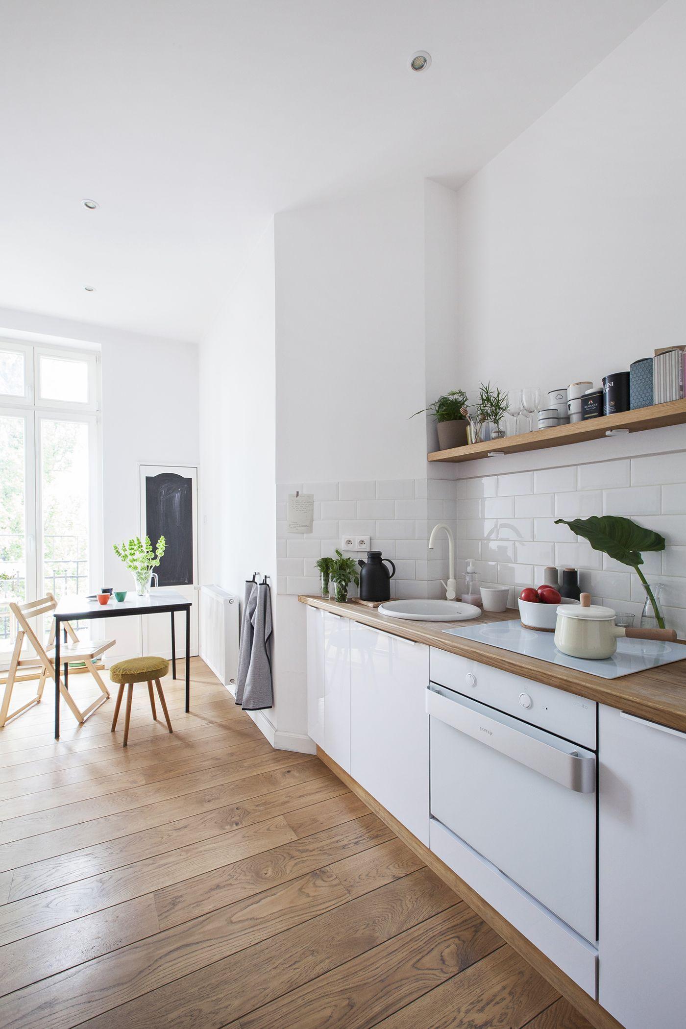 Wei es kochfeld kitchen pinterest haus k chen for Minimalistische wohnungseinrichtung