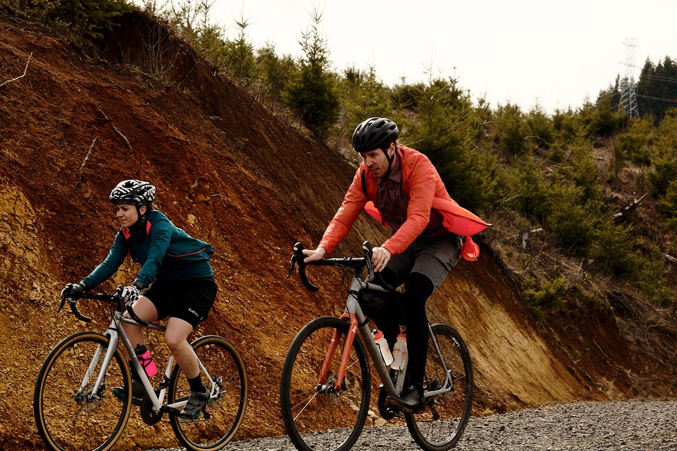 Everyone Is Riding Gravel Here S How You Can Get In On All The