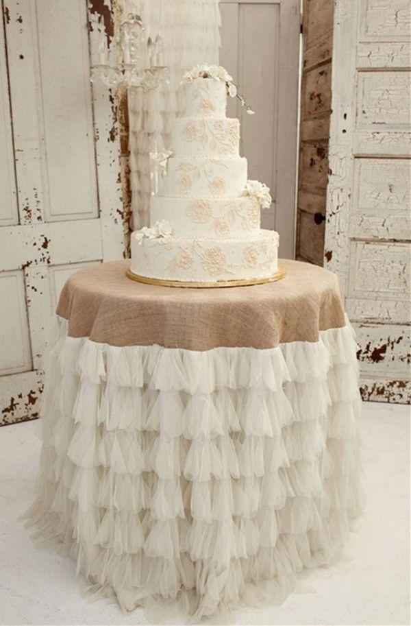Spitze Jute Hochzeit Tischdeko Mit Hochzeitstorte In Pink Und Weiss