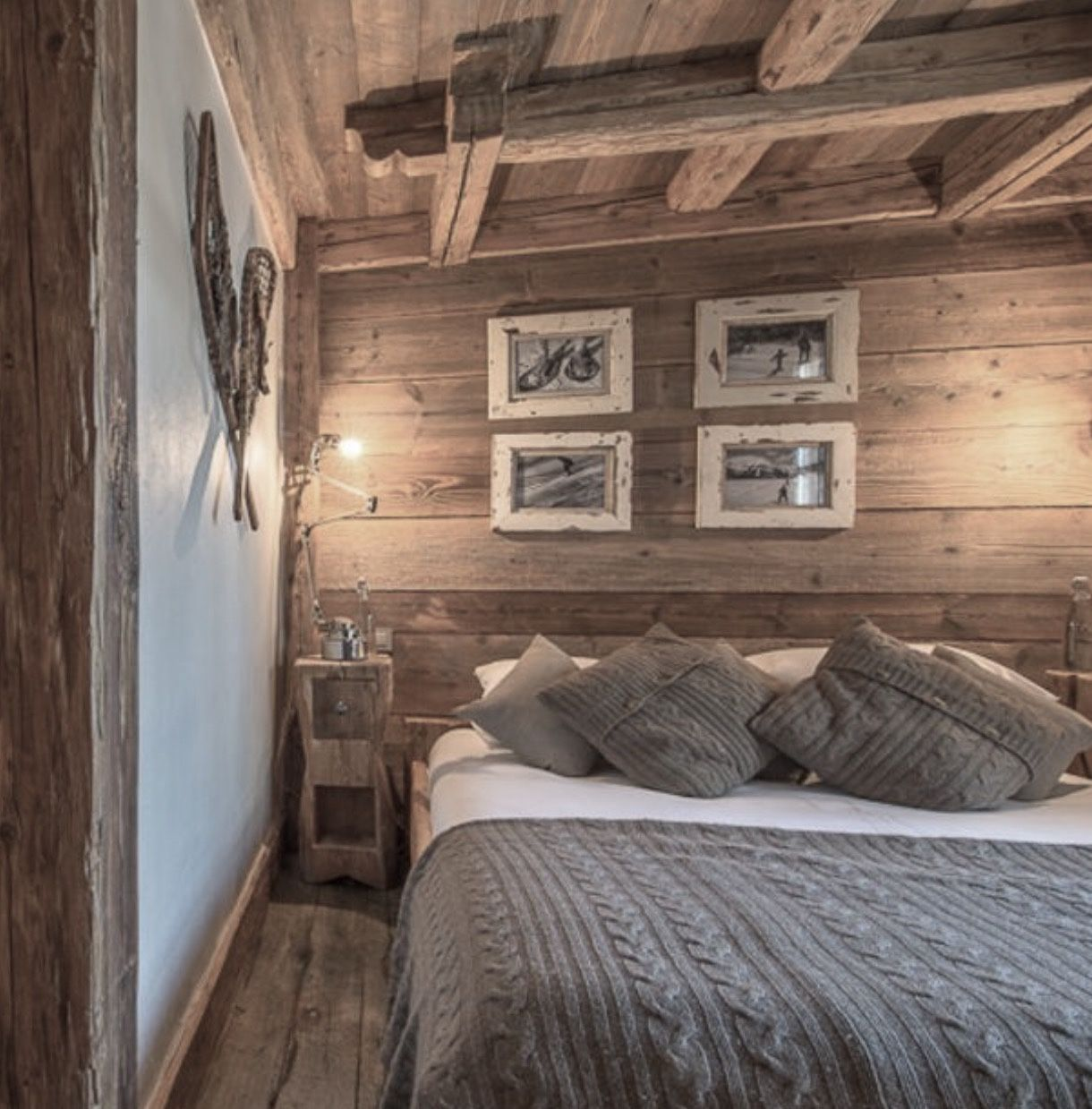 Cocooning chalet martine haddouche living hut wood for Innendekoration chalet
