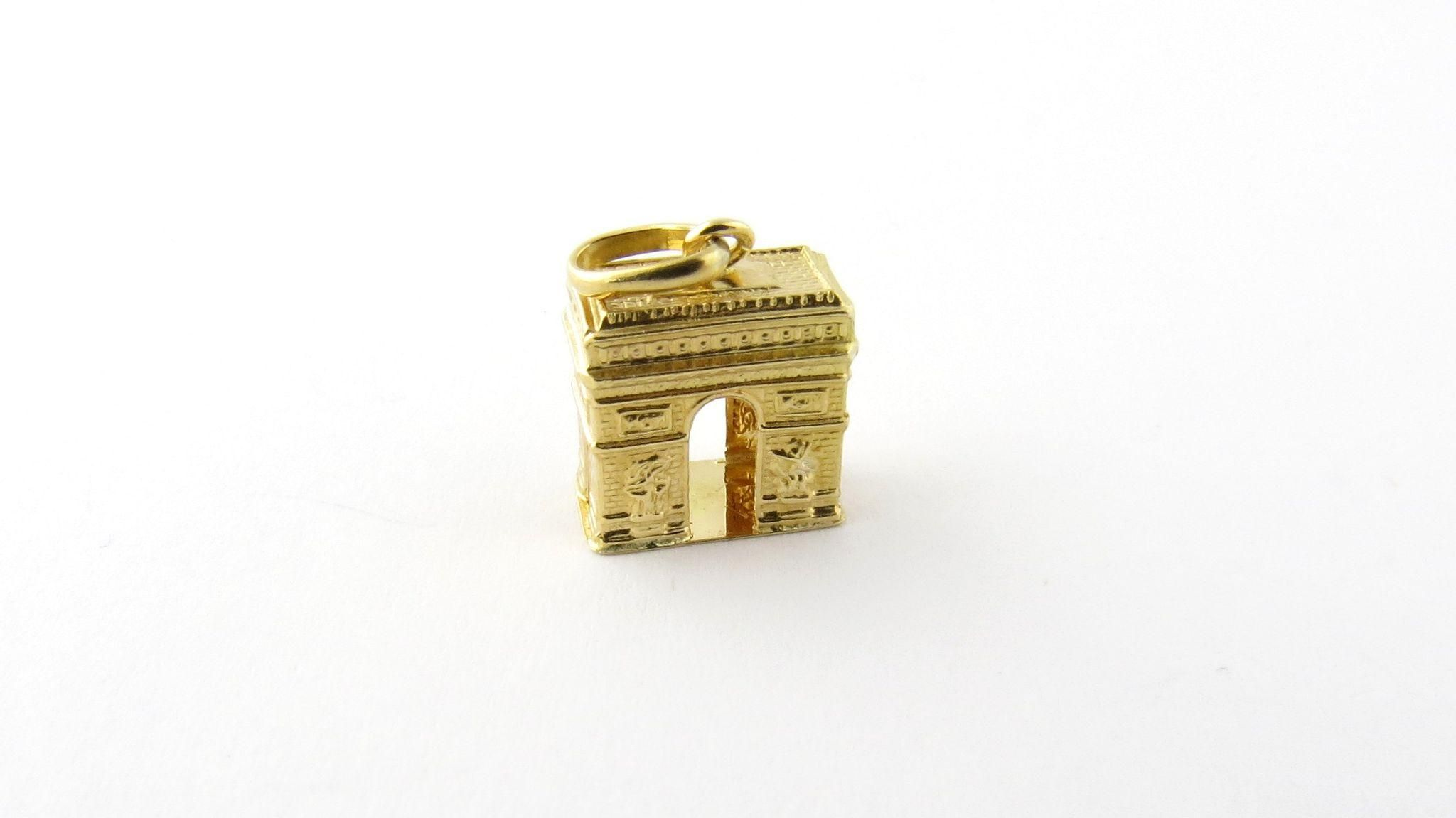 Vintage 14K Yellow Gold Arc De Triomphe Charm Memories of Paris and all its beauty contained in this charm. Intricately detailed throughout the 3D