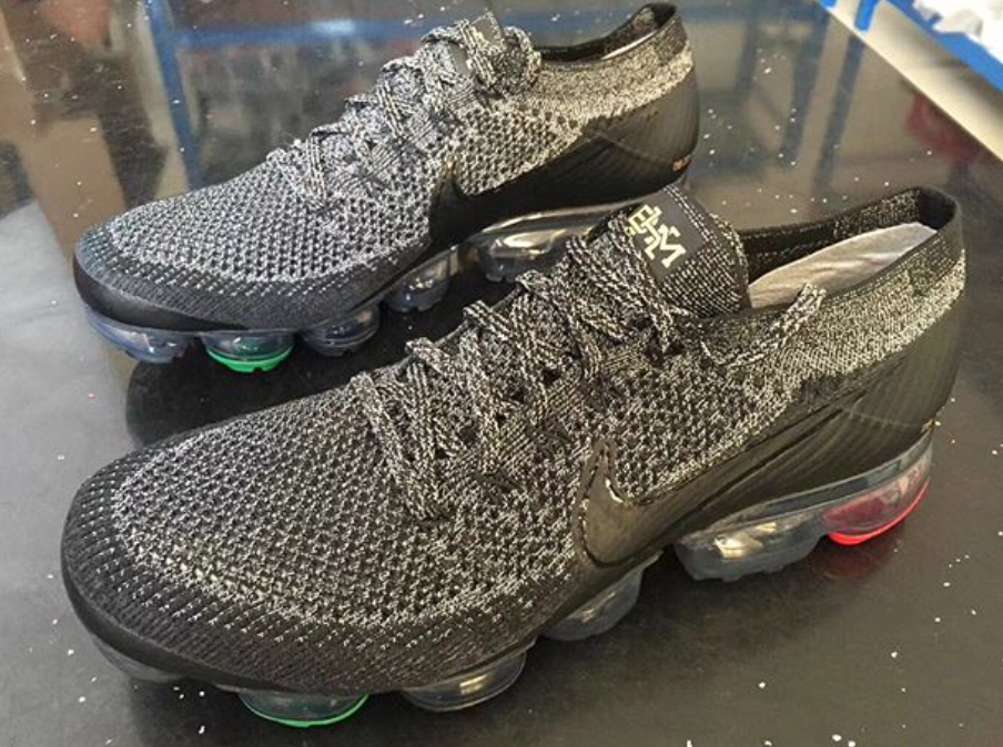 hot sale online 1b775 3007d A Closer Look At The Nike Air VaporMax BHM