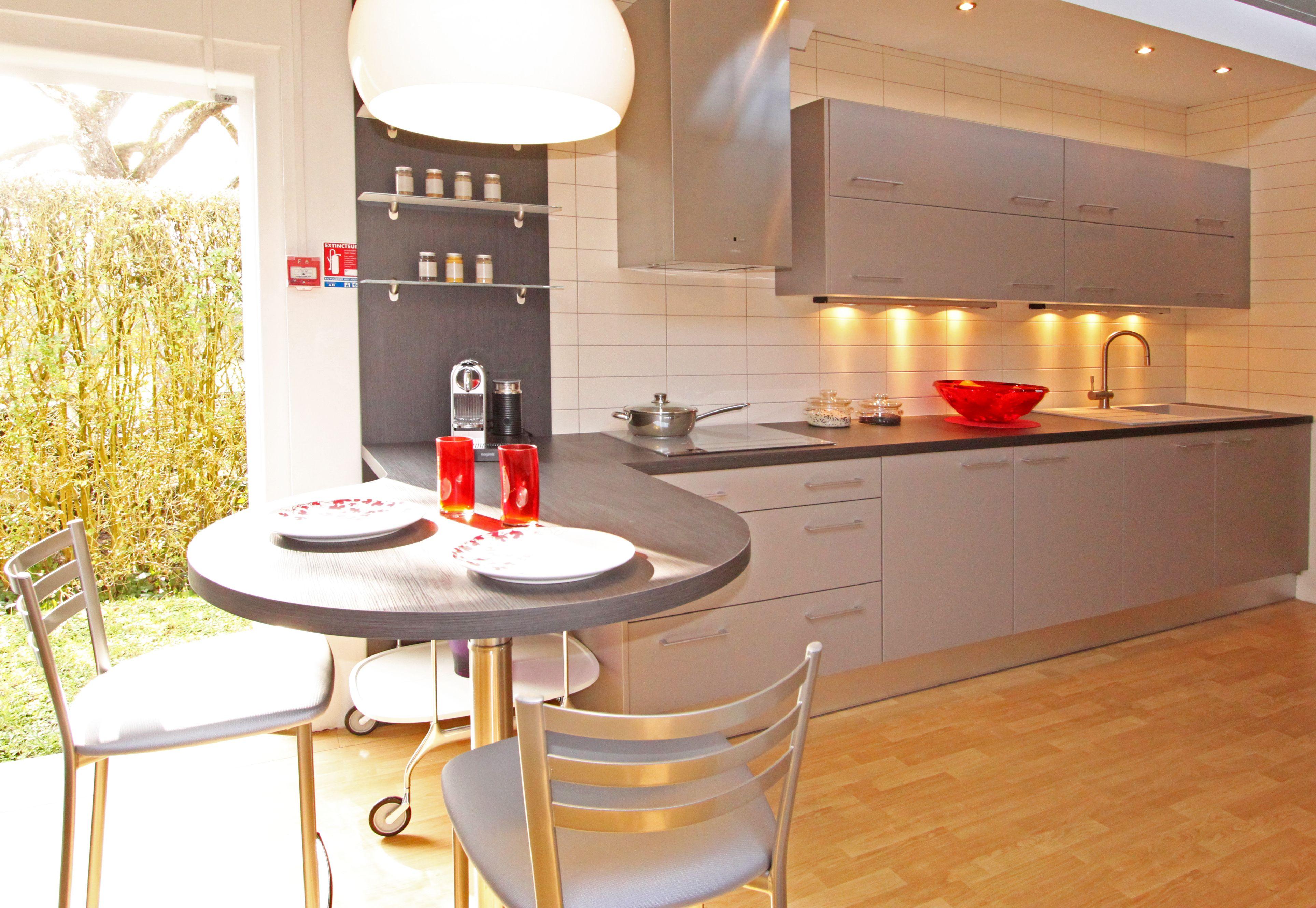 Cuisine taupe fabrimeuble cuisines en 2019 cuisine - Cuisine taupe brillant ...