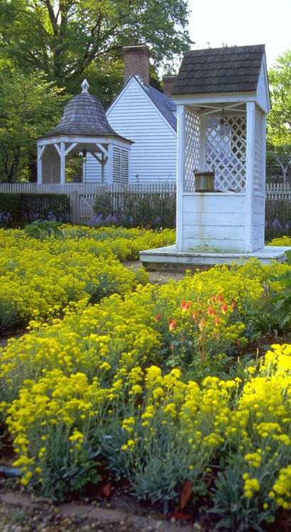 spring in colonial williamsburg