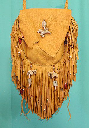 Image result for Medicine Bags Native American Patterns