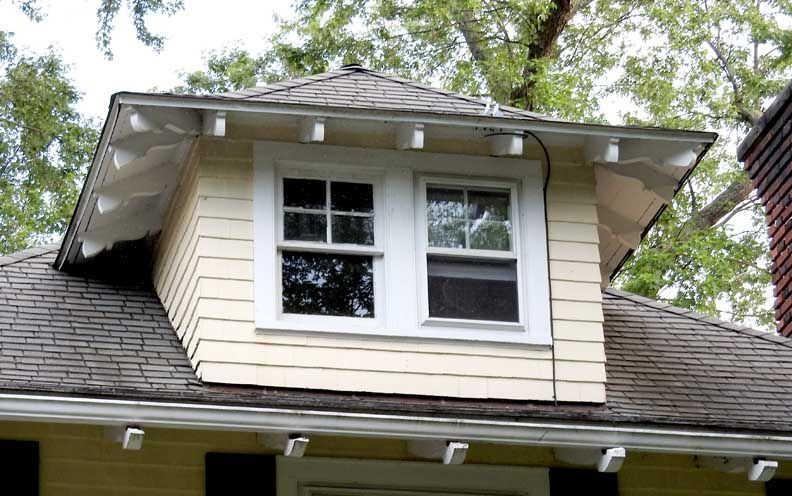Best Craftsman Style Rafter Tails Google Search Metal Roof 400 x 300