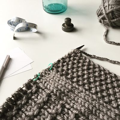 Little things to knit, stitch and craft   Tejidos Dos Agujas Cobija ...