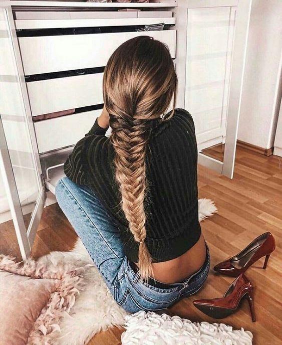 Super einfache Frisuren #pferdeschwanzfrisuren #oktoberfestfrisuren #minutenfrisuren #frisurenfür #anleitung #pinterest