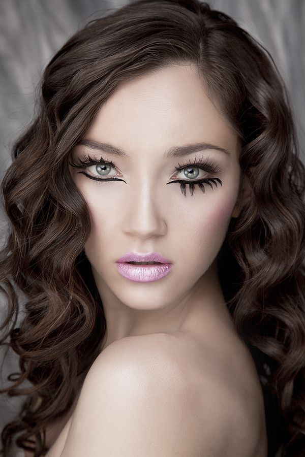 "DNI Make-up campain ""Flamingo 2012"" by Rebeca Saray Gude, via Behance"